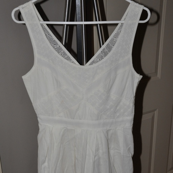 American Eagle Outfitters Dresses & Skirts - American Eagle Size 2 short dress